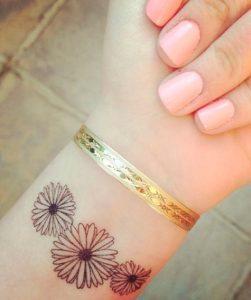 tatouaz karpou louloudia