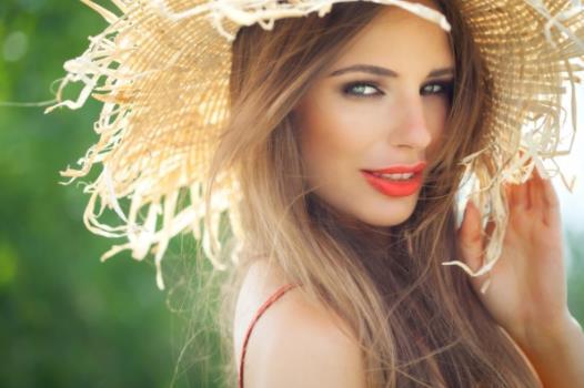 10 Συνήθειες των πιο ελκυστικών γυναικών!