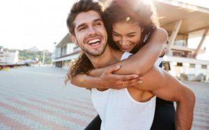 10 Πράγματα που οι άνδρες εκτιμούν στη γυναίκα και δεν αφορούν την εμφάνιση!