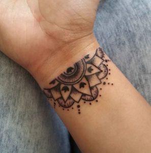 tatouaz karpou tribal