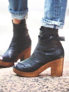 peep toe clogs
