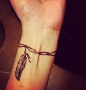 tatouaz karpou fterokai syrmatoplegma