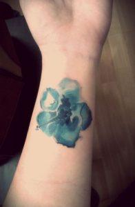 tatouaz egxrwmo galazio loyloydi