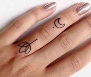toulipa-misofeggaro tattoo sto dachtilo