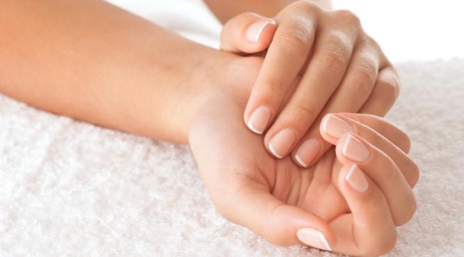 Φυσιολογική γήρανση των χεριών και πως να την προλάβεις!