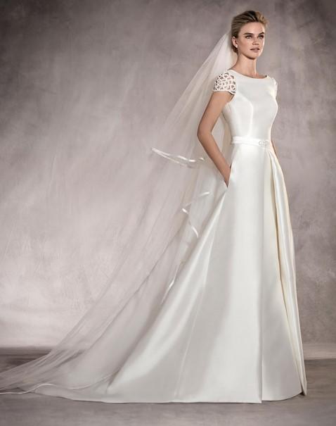 12c34d9acce9 25 Νυφικά φορέματα Pronovias για το καλοκαίρι 2018!