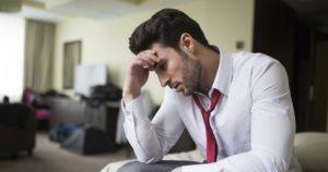 8 Σημάδια πώς ο άντρας που σου αρέσει είναι πληγωμένος από πρώην του!