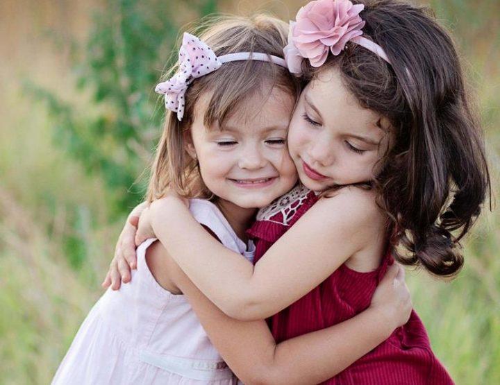 3 Λόγοι που αν έχεις αδερφή σε βοηθάει να γίνεις καλύτερος άνθρωπος!