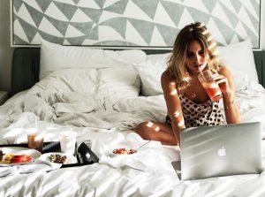 4 Λόγοι που θα πρέπει να κάνεις διαλείμματα για ύπνο!