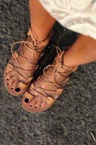flat sandalia