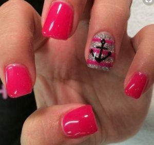 fouksia manicure