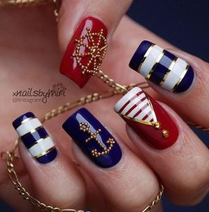 glam naftiko manicure
