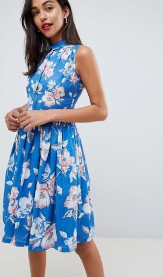 Τα midi φορέματα ταιριάζουν σε κάθε σωματότυπο και κολακεύουν το γυναικείο  σώμα. Μπορείς να επιλέξεις να έχει α-γραμμή που προσφέρει ένα πιο αέρινο  και ... 8c21e3ea087