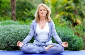 yoga hlikia