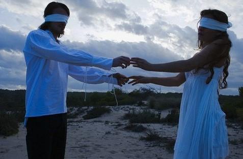 6 Λόγοι που η εμπιστοσύνη σε μια σχέση είναι πιο σημαντική από την αγάπη!