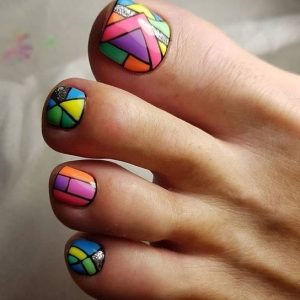 geometriko sxedio pedicure