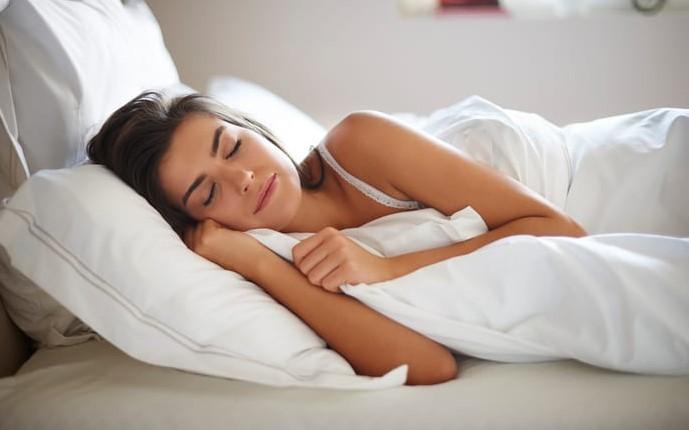 5 Πράγματα που πρέπει να πεις στον εαυτό σου πριν πέσεις για ύπνο!