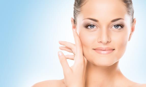 7 Δωρεάν hacks ομορφιάς για πιο λαμπερό δέρμα!