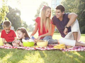 oikogeneiako picnic