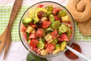 drosistiki salata me avocado, ediva.gr