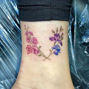 omorfa louloudakia tattoo