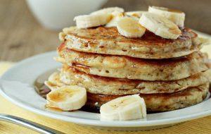 pancakes apo banana me tria ilika