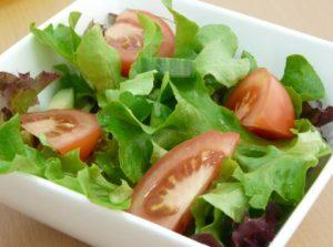 prasina laxanika salata