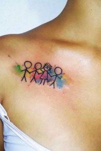 chromatisto oikogeneiako tattoo