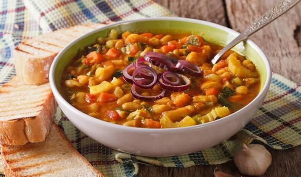 Εύκολη και νόστιμη συνταγή για φασολάδα!