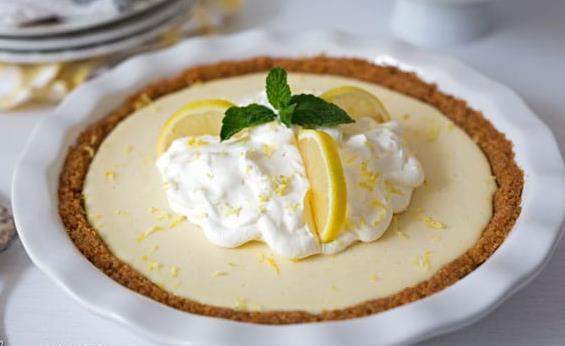 Εύκολη συνταγή για lemon pie με γιαούρτι!