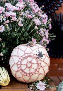 lefki-roz halloween kolokitha