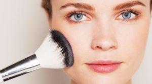 10 Tips για το πώς να φροντίζετε το λιπαρό δέρμα!