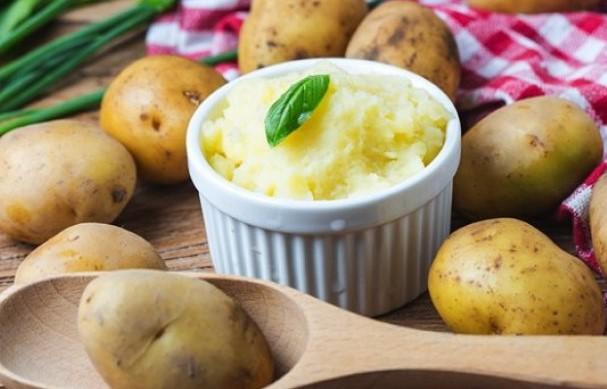 Συνταγή για νηστίσιμο πουρέ πατάτας!