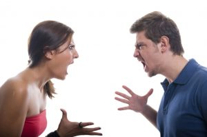 Οι 4 συμπεριφορές σε μια σχέση που χρειάζονται δεύτερη ματιά!