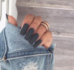 skouro gki matte manicure