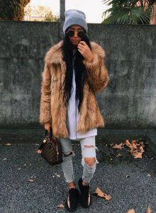 street-fashion look, sneakers