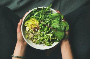 Γιατί σύμφωνα με τους επιστήμονες οι χορτοφάγοι είναι λιγότερο χαρούμενοι!