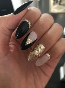 chriso-mavro-nude manicure