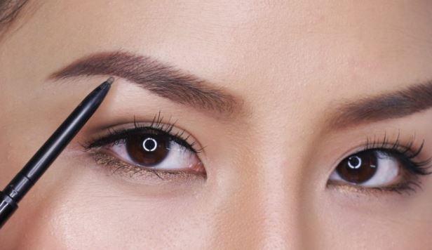 Τα 6 βασικά προϊόντα μακιγιάζ που πρέπει σίγουρα να έχεις!