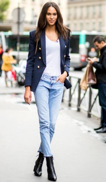 e9006c86eeb Το γυναικείο σακάκι είναι ένα ρούχο που μπορεί να κάνει το ντύσιμο σου  επίσημο, είναι ιδανικό για το γραφείο, αλλά μπορεί να συνδυαστεί και με  άλλα look και ...
