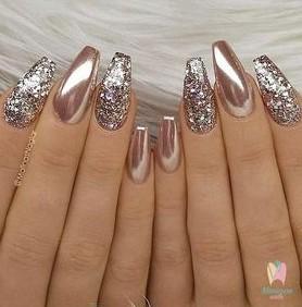 rose gold manicure