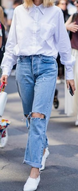 78d708d58230 Το τζιν παντελόνι είναι το κομμάτι που υπάρχει σε κάθε γκαρνταρόμπα.  Φοριέται καθημερινά