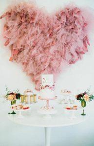 roz kardia apo touli
