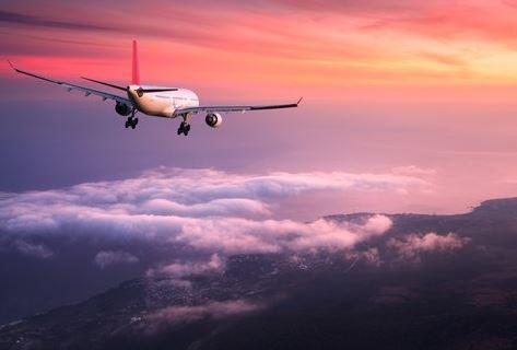 aeroplano ston ourano
