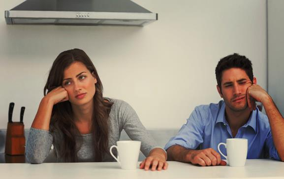 Γιατί ο σύντροφος σου δεν θέλει να βγαίνετε έξω μαζί