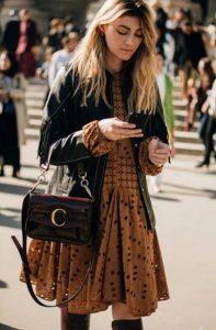 anoiksiatiko street style look