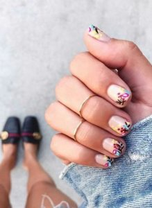 girly manicure