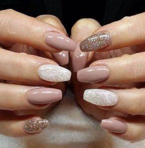 xriso- asimi glitter manicure