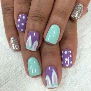 γαλαζια και μοβ νυχια