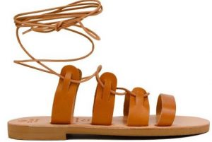 flat sandali me kordonia